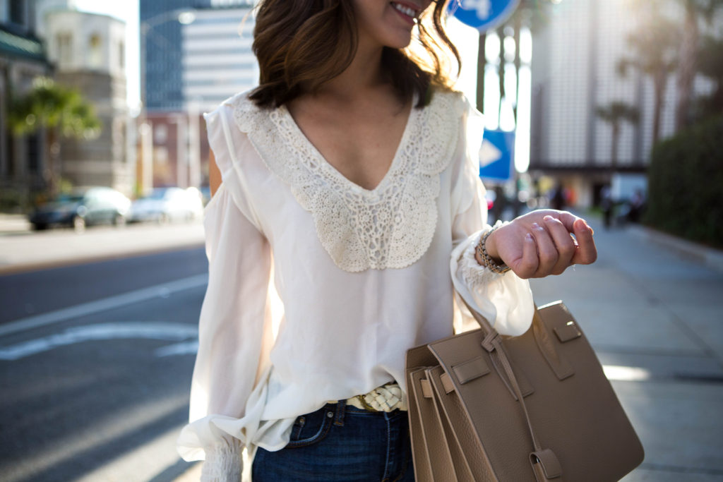 871adfb70e1a6e White crochet blouse and jeans – The Hanh Solo